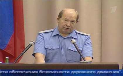 Глава ГИБДД попросил автомобилистов отказаться от поездок в жару