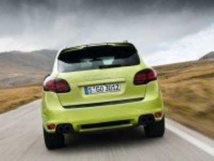 Компания Porsche представит в Пекине «заряженный» кроссовер Cayenne