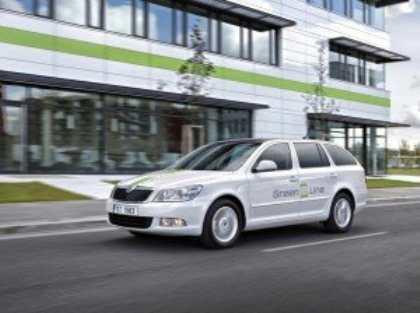Компания Skoda приступила к дорожным испытаниям электрического универсала Octavia Green E Line