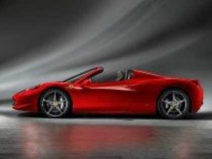 Ferrari провела закрытую презентацию нового 458 Spider