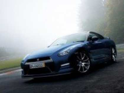 Обновленное спортивное купе Nissan GT-R станет более устойчивым на поворотах