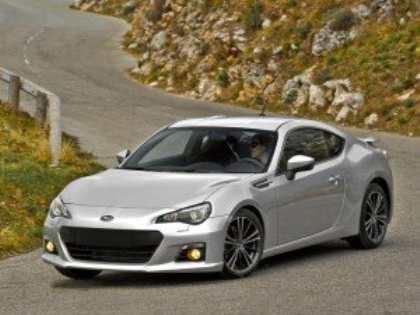 Модель Subaru BRZ названа «Спортивным автомобилем 2012 года»