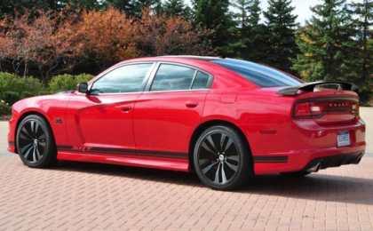 Dodge показал эксклюзивный Charger SRT 392