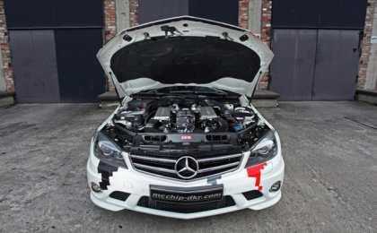 660-сильный Mercedes C63 AMG в тюнинге mcchip-dkr